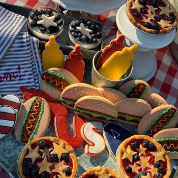 Festive memorial Day table decor tips, menu suggestions and party ideas
